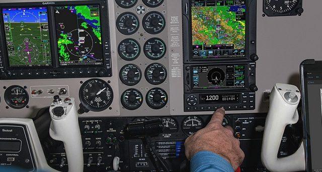 Какие самолёты отслеживает онлайн Flightradar24