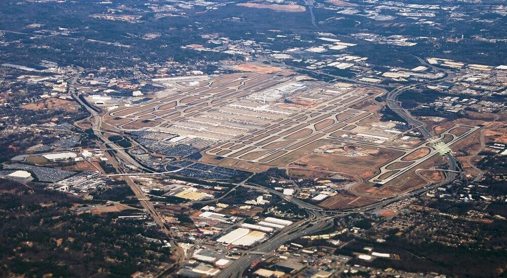 Хартсфилд-Джексон Атланта, США — крупнейший аэропорт в мире