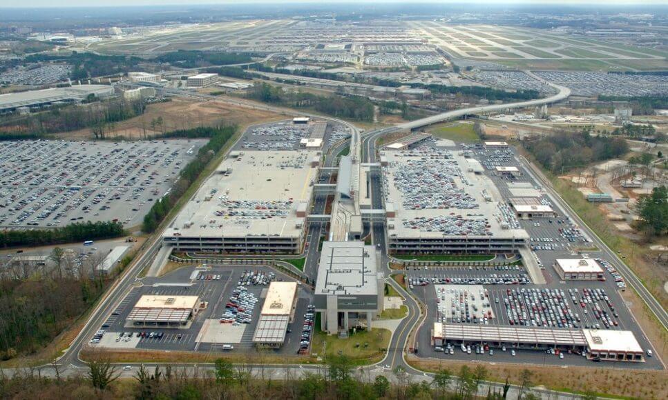 Hartsfield-Jackson Atlanta Airport парковка самого крупного аэропорта мира