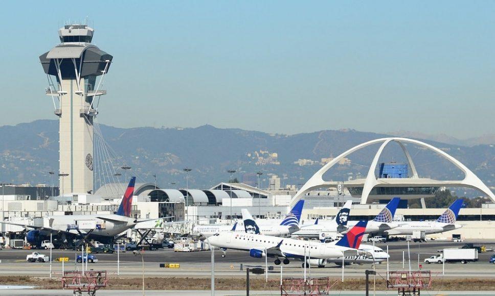 Международный аэропорт Лос-Анджелес в США