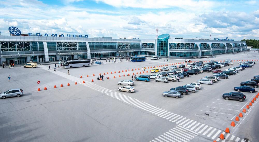 Автостоянка аэропорт Толмачево