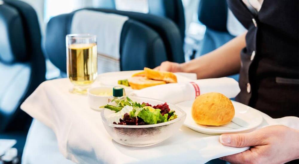 Как правильно питаться в самолете