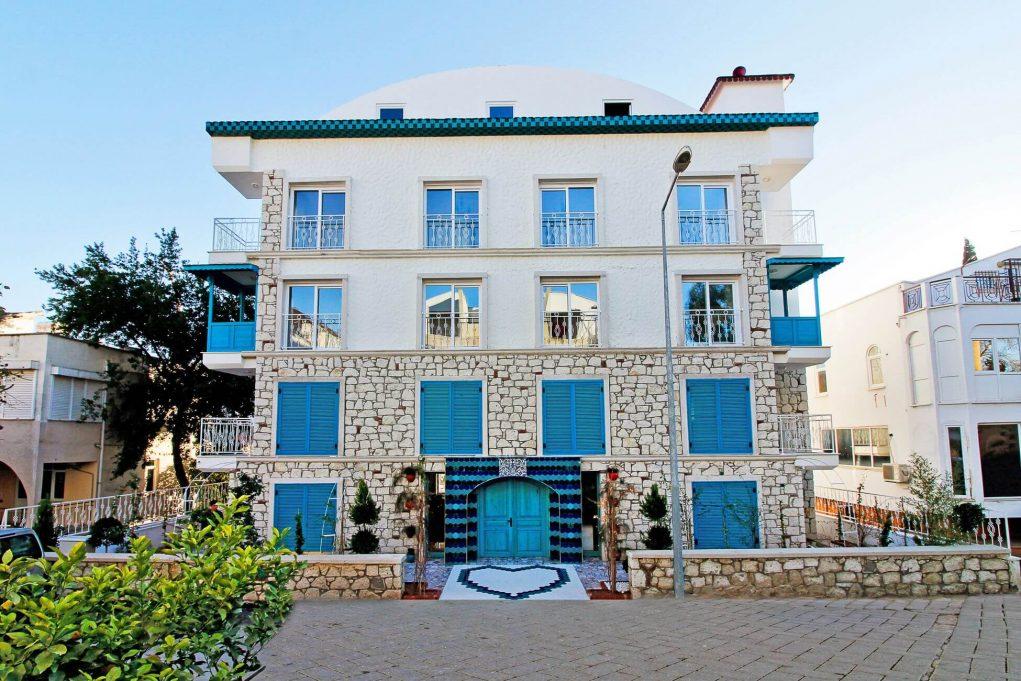 Yazar Lara Hotel Antalya