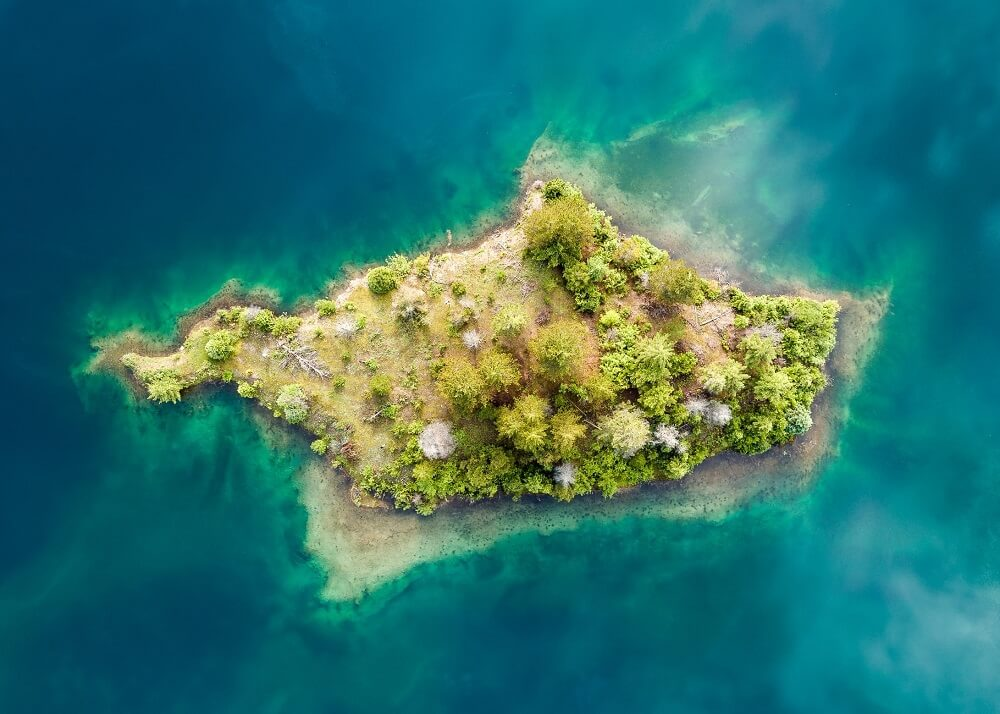 Свой остров