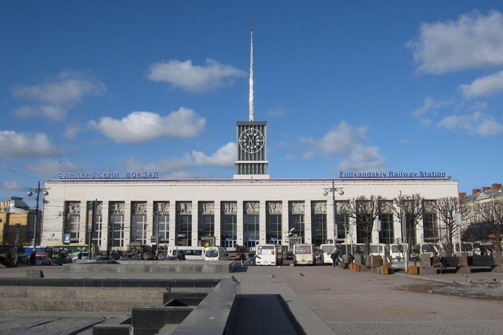 Центральное здание Финляндского вокзала